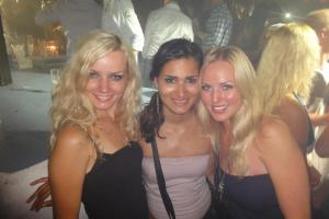 Me, Jasmine and Kat in Pacha.